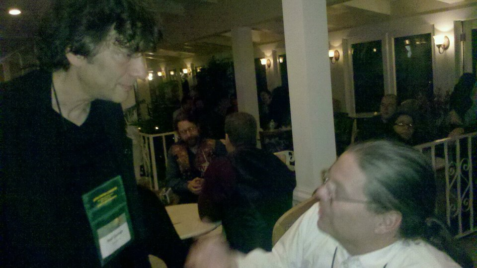 CthulhuBob Talking to Neil Gaiman at WFC 2011